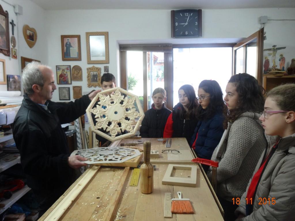 Επίσκεψη σε εργαστήριο ξυλογλυπτικής